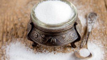 Zout en azijn als handige huismiddeltjes