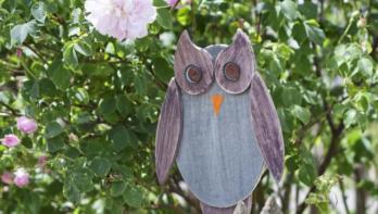 Tuinversiering maken: een uil van hout